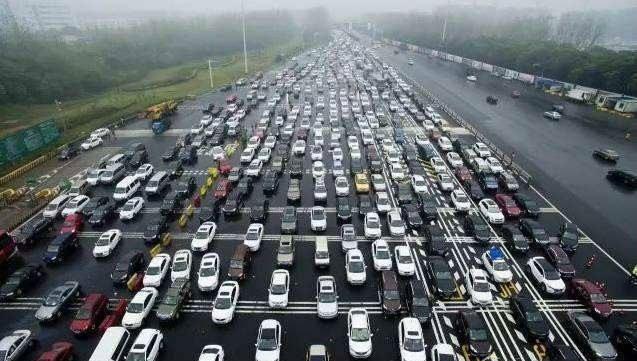 迈肯思工控- 车辆通行管理  是提高城市交通出行